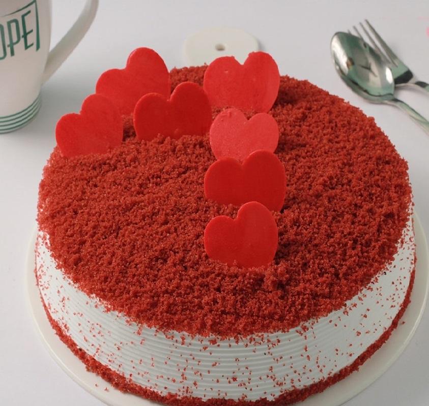 Red valvet cake for you