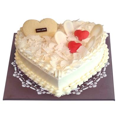 White forest heart cake